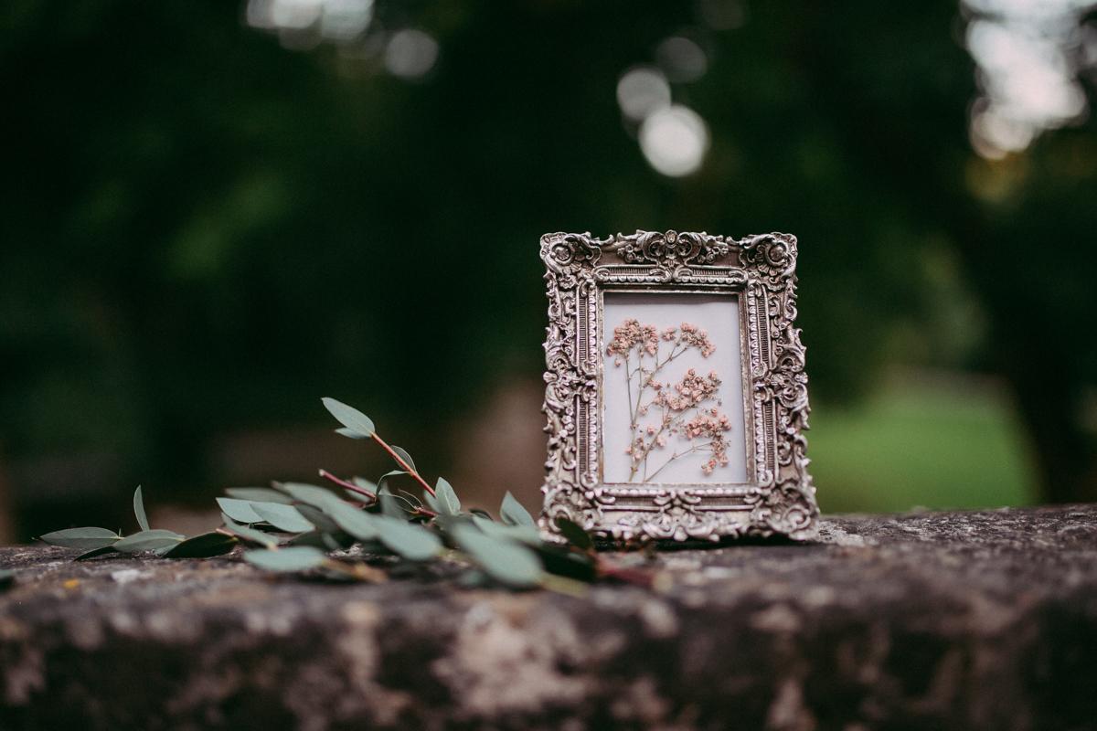 Bilderrahmen mit Blumen von Nelli Mayer Photography